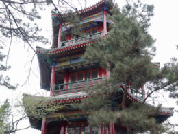 Trekking through Chengde