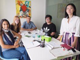Group classes at LTL Mandarin School