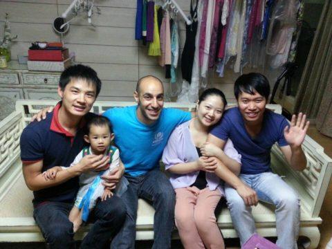 Ahmed med sin vertsfamilie